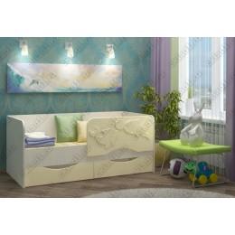 Детская кровать  Дельфин-2 1,6 ваниль