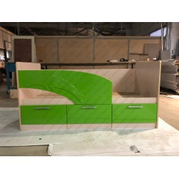Детская кровать  Дельфин 1,6 зеленый
